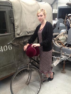 Girl_With_Bike